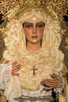 Virgen de la Esperanza en su paso de palio 2016 (3)