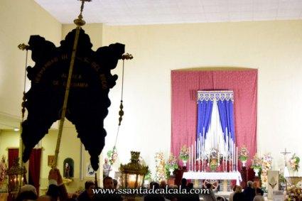 Traslado del Simpecado de la Virgen del Rocío al Altar Mayor 2016 (10)