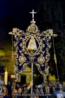 Traslado del Simpecado de la Virgen del Rocío al Altar Mayor 2016 (4)