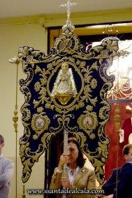 Traslado del Simpecado de la Virgen del Rocío al Altar Mayor 2016 (8)