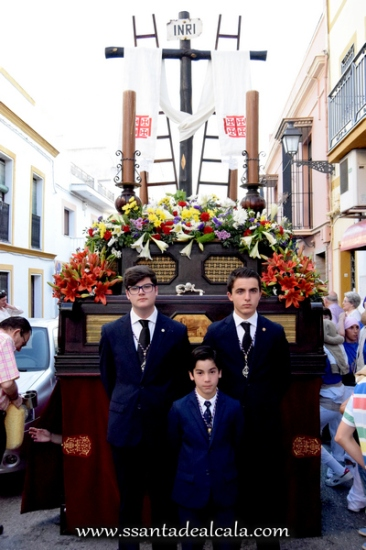 Cruz de Mayo de la Hermandad de Jesús 2016 (10)