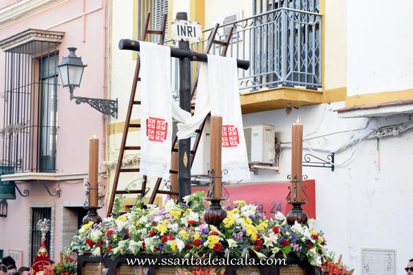 Cruz de Mayo de la Hermandad de Jesús 2016 (11)