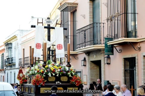 Cruz de Mayo de la Hermandad de Jesús 2016 (7)