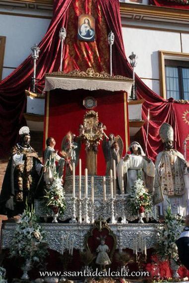 Salida Procesional del Corpus Christi 2016 (7)