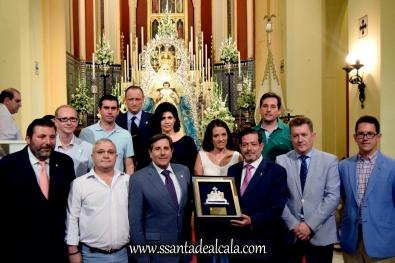 Entrega del llamador del paso de la Virgen del Águila 2016 (9)