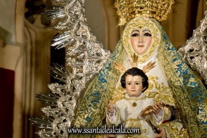 Virgen del Águila en su paso procesional (4)