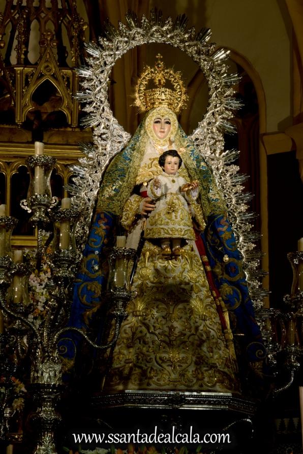 Virgen del Águila en su paso procesional (6)