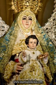 Virgen del Águila en su paso procesional (8)
