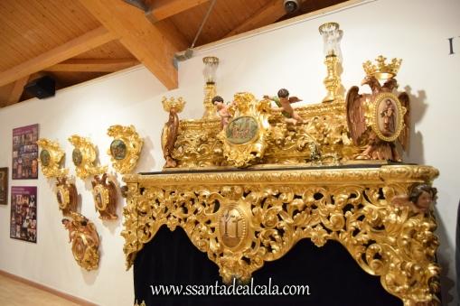 exposicion-viernes-santo-de-la-hermandad-del-santo-entierro-2016-27
