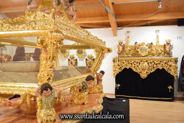 exposicion-viernes-santo-de-la-hermandad-del-santo-entierro-2016-47
