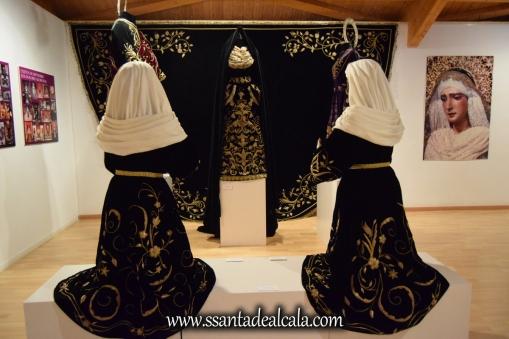 exposicion-viernes-santo-de-la-hermandad-del-santo-entierro-2016-53