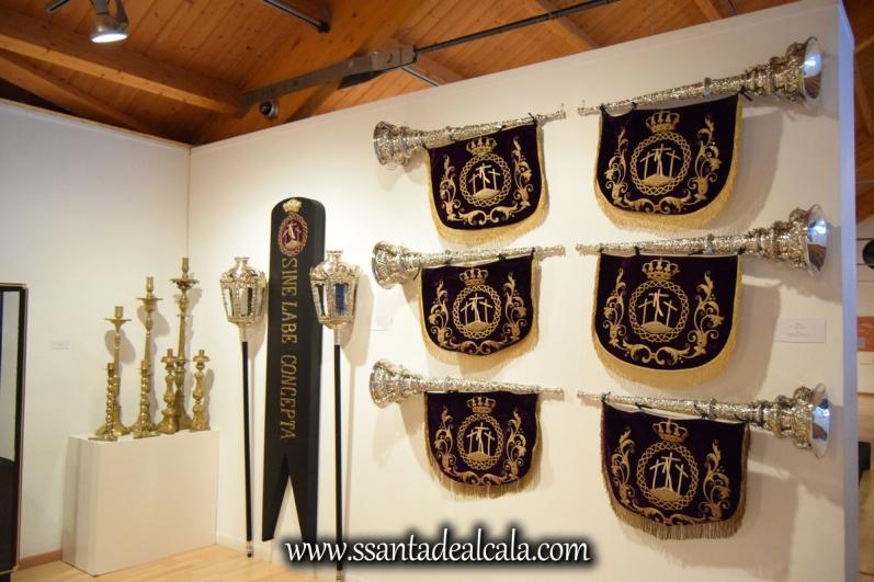 exposicion-viernes-santo-de-la-hermandad-del-santo-entierro-2016-9
