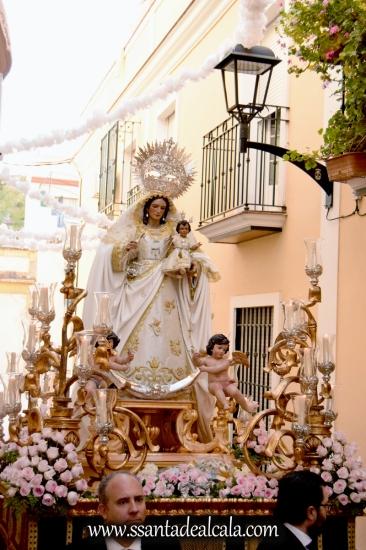 salida-procesional-de-la-virgen-del-rosario-de-santiago-2016-18
