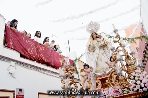 salida-procesional-de-la-virgen-del-rosario-de-santiago-2016-24
