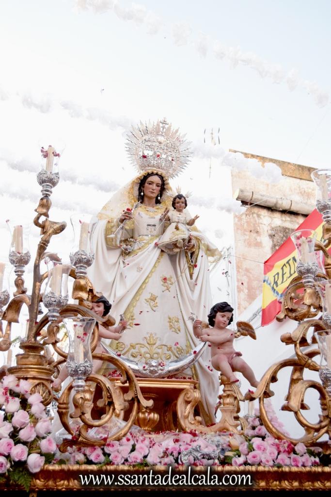 salida-procesional-de-la-virgen-del-rosario-de-santiago-2016-26