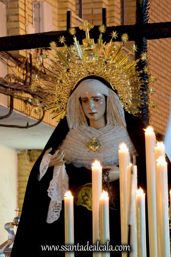 traslado-de-la-virgen-de-la-soledad-a-la-parroquia-de-san-sebastian-2016-10