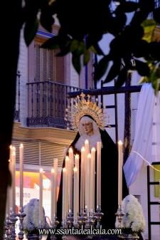 traslado-de-la-virgen-de-la-soledad-a-la-parroquia-de-san-sebastian-2016-9