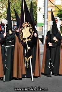 nazarenos-de-la-hermandad-del-perdon-1
