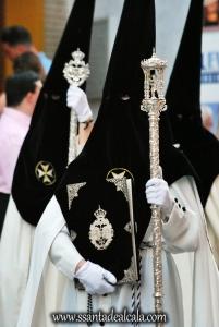 nazarenos-de-la-hermandad-del-rosario-1