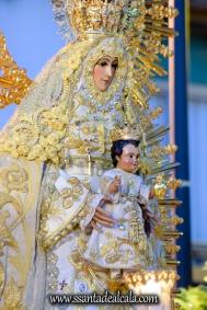 Salida Procesional de la Virgen del Dulce Nombre 2017 (16)