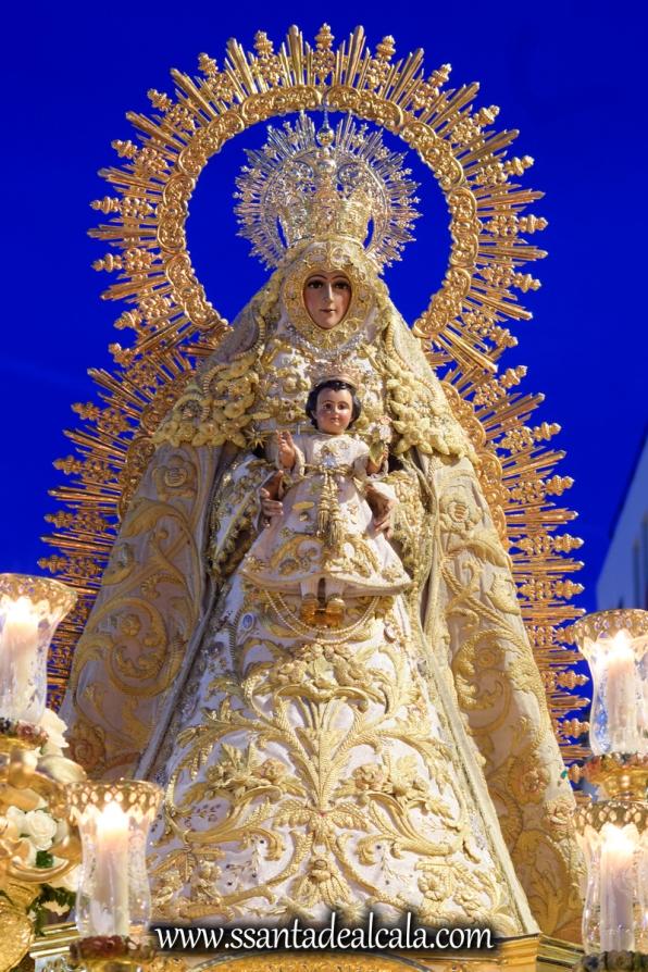 Salida Procesional de la Virgen del Dulce Nombre 2017 (20)