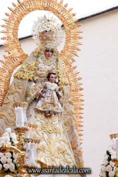 Salida Procesional de la Virgen del Dulce Nombre 2017 (9)