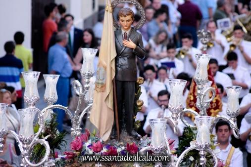 Salida Procesional de María Auxiliadora Coronada 2017 (19)