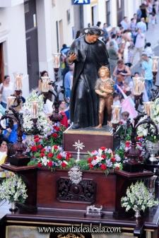 Salida Procesional de María Auxiliadora Coronada 2017 (22)