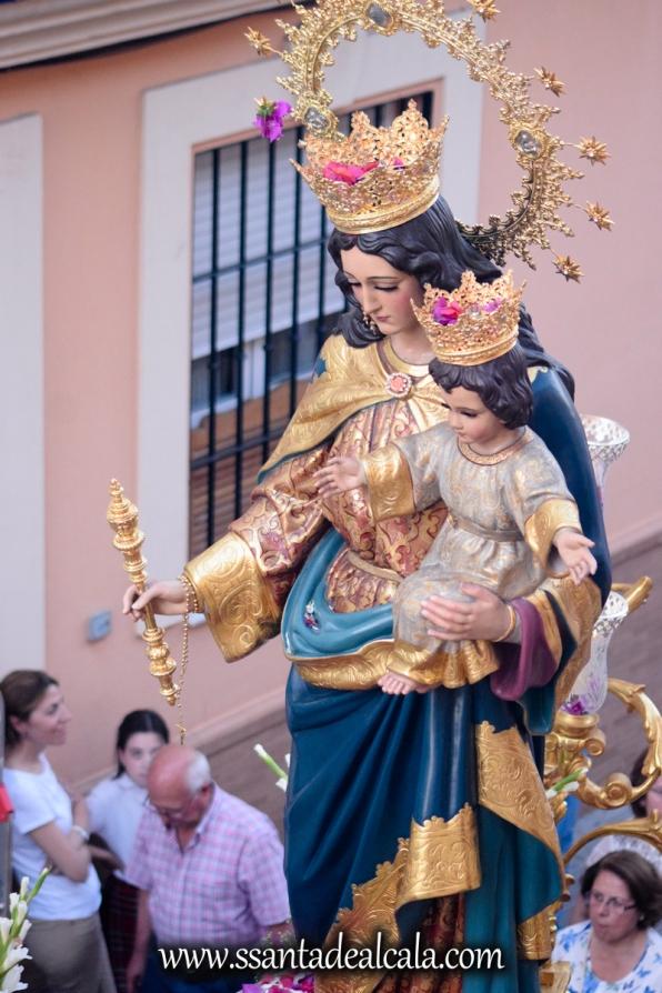 Salida Procesional de María Auxiliadora Coronada 2017 (24)