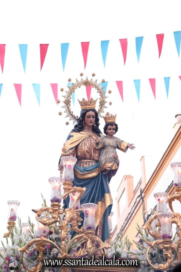 Salida Procesional de María Auxiliadora Coronada 2017 (28)
