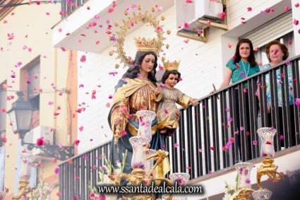 Salida Procesional de María Auxiliadora Coronada 2017 (6)
