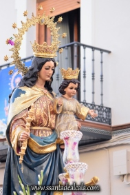 Salida Procesional de María Auxiliadora Coronada 2017 (7)