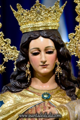 Solemne Besamanos a María Auxiliadora Coronada 2017 (6)