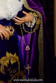 Besamanos a la Virgen de la Amargura (13)