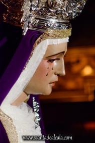 Besamanos a la Virgen de la Amargura (15)