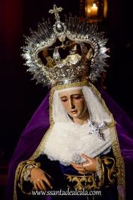 Besamanos a la Virgen de la Amargura (16)