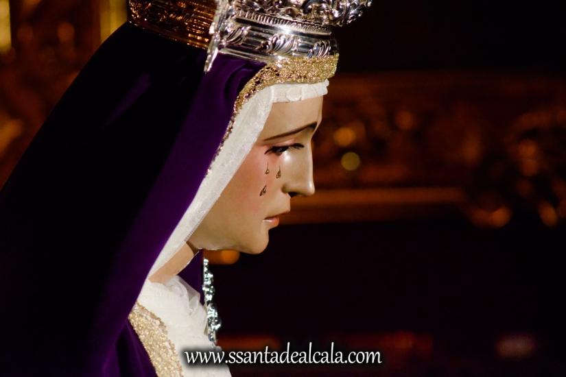 Besamanos a la Virgen de la Amargura (18)