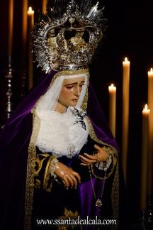 Besamanos a la Virgen de la Amargura (6)