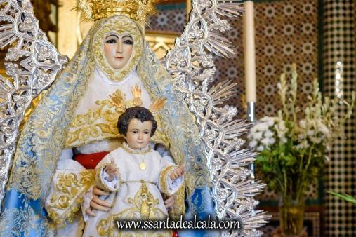 Besamanos de la Virgen del Águila Coronada 2018 (8)