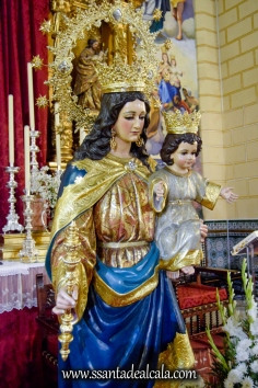 Besamanos Extraordinario a María Auxiliadora Coronada (7)